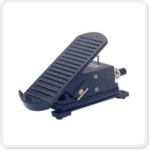 Foot Pedal 02